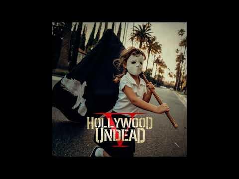 смотреть онлайн видео Hollywood Undead Riot Official Audio
