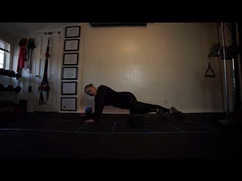 Dlatego zmniejsza mięśnie nóg i rąk