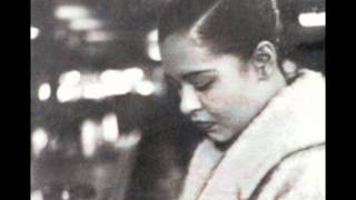 """Video thumbnail of """"How Deep is the Ocean ( the Complete Billie Holiday on Verve 1945-1959 (Disc 3)) BILLIE HOLIDAY"""""""