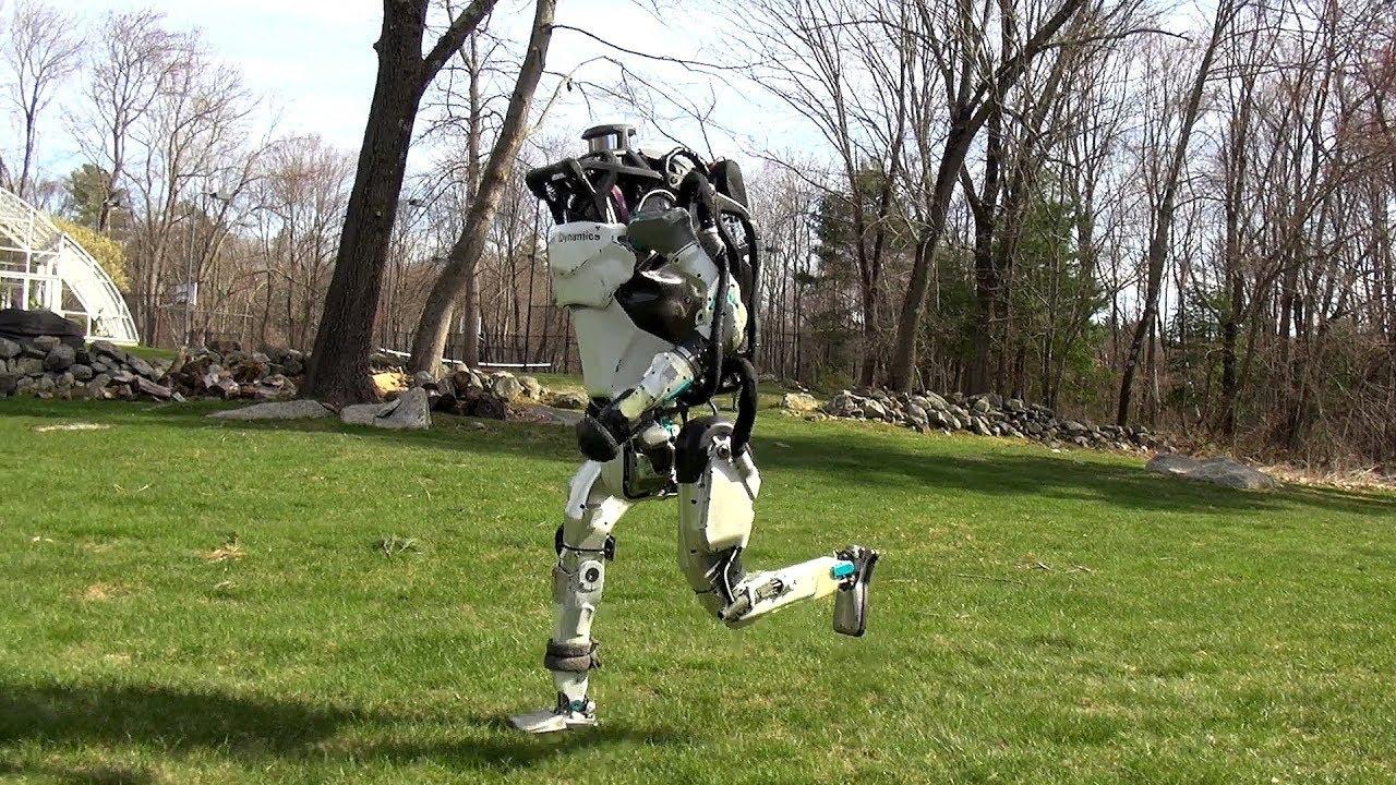Роботы Atlas и SpotMini