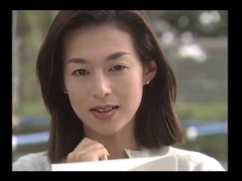 鴻野愛永役の鈴木保奈美