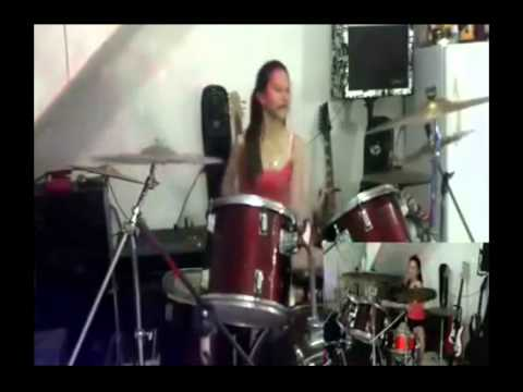 Female drummer Hit Like A Girl 2014 entry-amazing! Murriel Gyan [HD] 2015