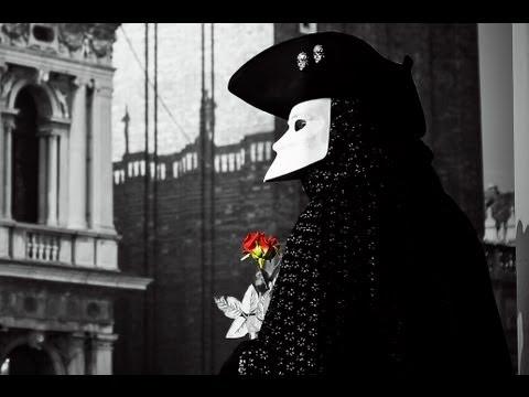 , title : 'Que c'est triste Venice - Charles Aznavour - Lyrics (Francés y Español)'