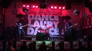 preview picture of video 'Les V'là - Une brosse de trop - Bar Le Contact - Alma - 10/12/2011'
