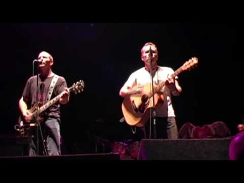 Throw your arms around me (Eddie Vedder & Mark Seymour) Pearl Jam