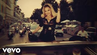 Turn Up The Radio - Madonna  (Video)