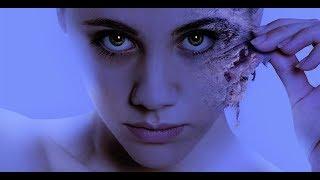美女一夜醒来,轻轻用力就把皮肤撕了下来。有一种疼叫看着都疼。几分钟看完恐怖电影《换皮》