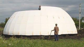 На Прикарпатті будують незвичний дім-купол