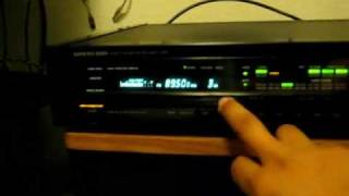 Onkyo T-9090II FM Super Tuner Demonstration (High Quality Sound)
