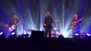 Black Jacket Symphony performs Tom Petty's Louisiana Rain