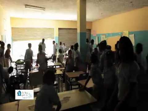 Nashla en 2da Cápsula de 7 días en Pobreza Extrema con Nashla [Video]