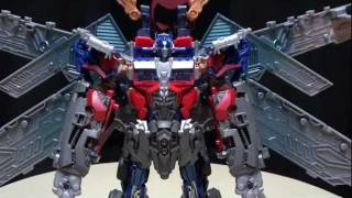 DOTM ULTIMATE OPTIMUS PRIME: EmGo's Transformers Reviews N' Stuff