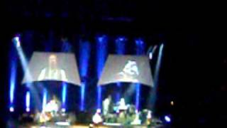 Chris de Burgh - Treasure and betrayal 28.03.2011.MOV