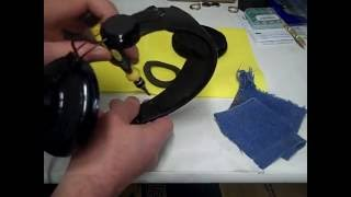 Razer Carcharias Gaming Headset How to Remove and Replace Earpads
