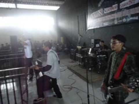 KILLMEMOM - Let's Move It & Hardwork @Assault Tour #3