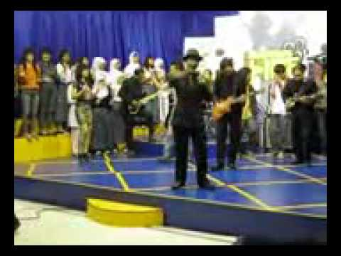 THE WOW @ BANDUNG TV .flv