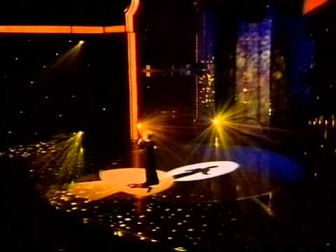Elaine Paige - With One Look- Better quality