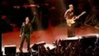 U2 - Sunday Bloody Sunday (Live)