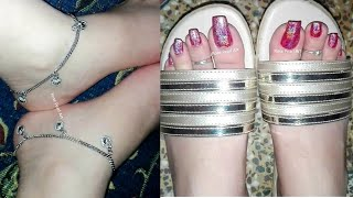 How To Turn Simple Polish HOLOGRAPHIC- Red Holo Pedicure- Silver Feet Jewelry + Open Toe Foot Wear