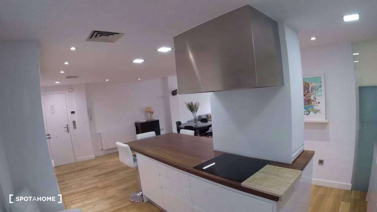 Comfortable 2-bedroom apartment for rent in Extramurs
