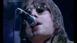 Oasis Wonderwall live