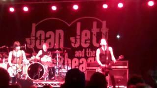 """Joan Jett """"Go Home"""" Taste of Newport  2011"""