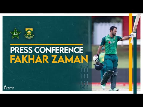 Fakhar Zaman uses bat gifted by Mohammad Hafeez