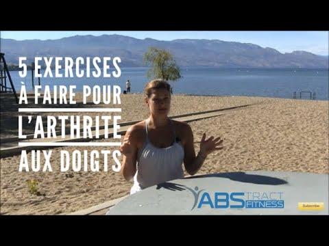 Les exercices sur les muscles pectoraux supérieurs avec les haltères