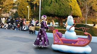 2018年1月在日本東京迪士尼觀看冰雪奇緣遊行