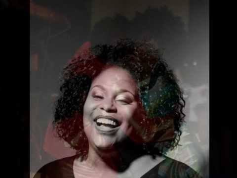 GET HERE - OLETA ADAMS covered by KABANYA-CHEMISE