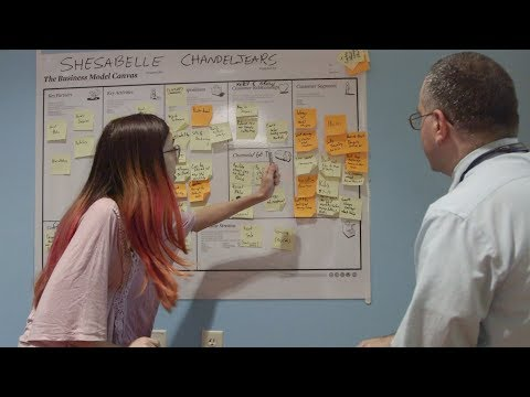 Valley Venture Mentors Help Smith Student Entrepreneurs