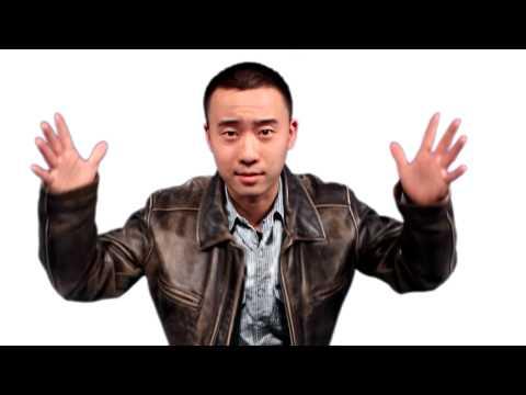 איציק, הסיני שמדבר עברית