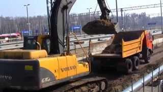 preview picture of video 'Stacja kolejowa Łódź Widzew - Będą windy - Tor nr 1 w budowie'