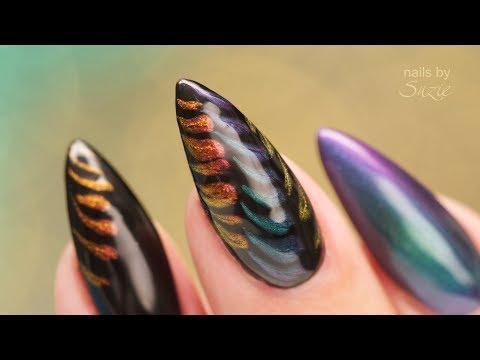 Color Shift Nail Art