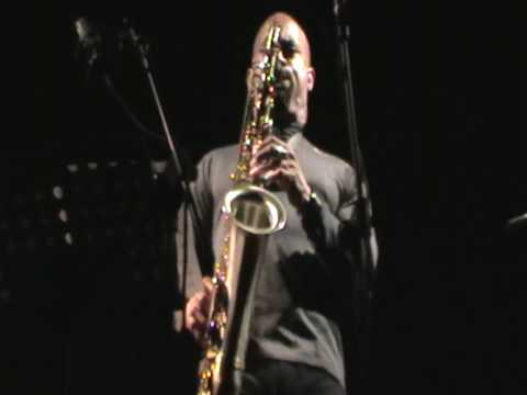 Gary Thomas 4tet @ Metropolitan Palermo 2010 online metal music video by GARY THOMAS (SAXOPHONE)