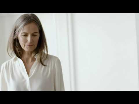Musique publicité Maison Devernois Campagne Devernois AH/21 – Le chemisier en soie lavée    Juillet 2021