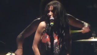"""Bang Bang Bang(Singer Flashes Crowd)"" Dorothy@Santander Arena Reading, PA 4/1/16"