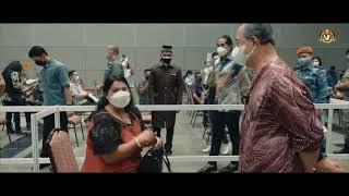 YAB Perdana Menteri melawat ke Pusat Pemberian Vaksin (PPV) di Pusat Konvensyen Kuala Lumpur (KLCC)