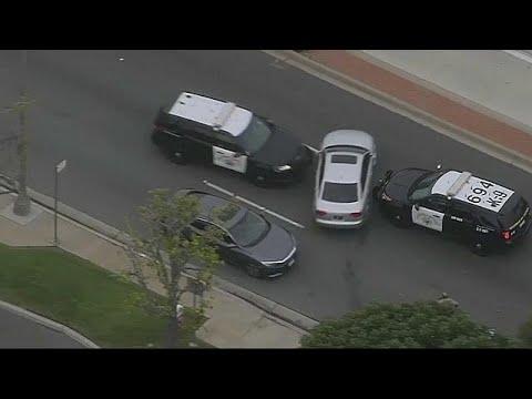 العرب اليوم - شاهد: مطاردة هوليوودية بين سائق بارع والشرطة الأميركية