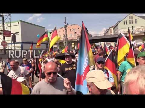 Germany: Berlin tense as thousands counter AfD rally