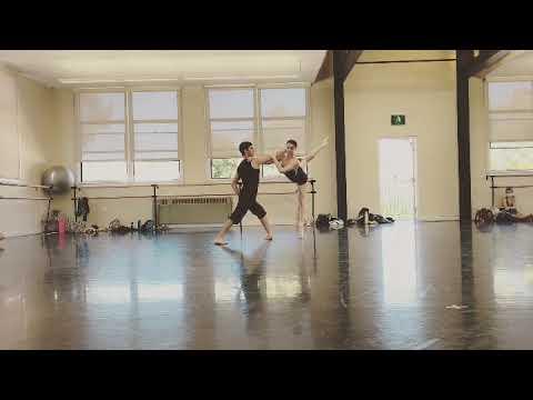Contemporary rehearsal in studio Dancers Stephanie Maiorano and Tonatiuh Gomez, choreography Javier Velasco