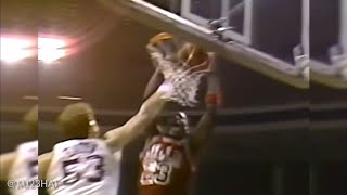 Michael Jordan Makes Utah Crowd Cheers For Him! Crazy Dunks And Layups All In One Game! (1986.12.03)