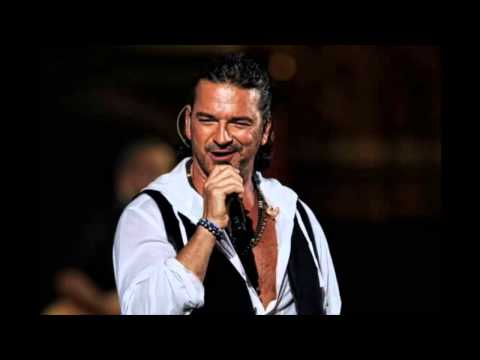 01 Ricardo Arjona en vivo- Noticiero