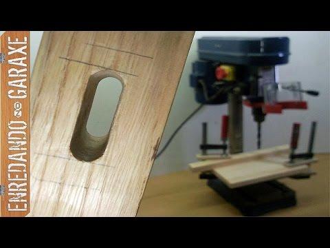 Cortar caja para espiga con el taladro de columna