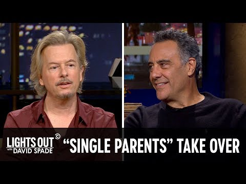 "The ""Single Parents"" Cast Takes Over (feat. Brad Garrett) - Lights Out with David Spade"