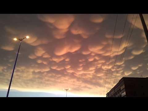 سحب الماماتوس بمحافظة تنومة | أمطار تنومة 5/1433 هـ