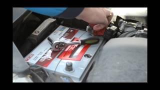 Установка аккумулятора на Acura MDX 3.7 бензин - Mutlu SFB 80Ah JR+