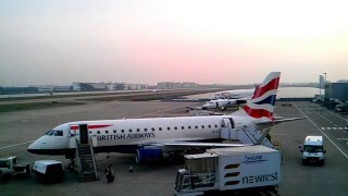 preview picture of video 'HD Timelapse: London City Airport Easterly Sunrise Operations'
