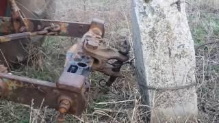 Трактор ЮМЗ 6 попытка фаркопом выдернуть столб