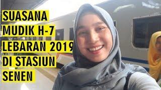 Suasana Mudik H 7 Lebaran 2019 di Stasiun Senen